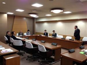 東京都日野市議会の視察の様子